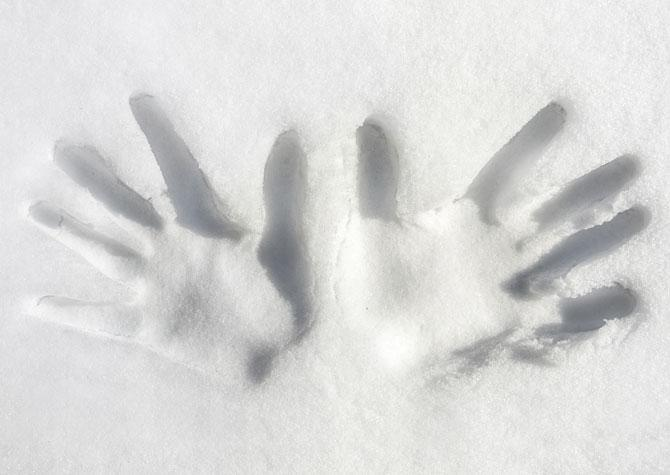 Cold Hands When Skiing? Top 10 Tips ...